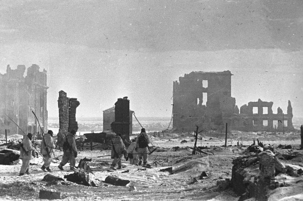Center_of_Stalingrad_after_liberation